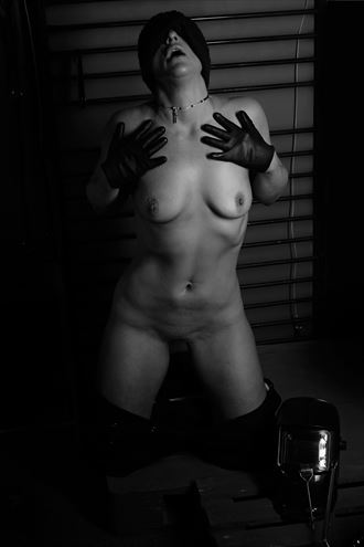 latex glove love artistic nude photo by model kez chalinor