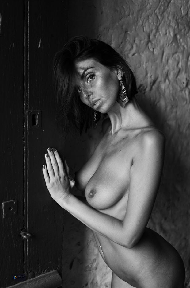 laura artistic nude photo by photographer acros photography