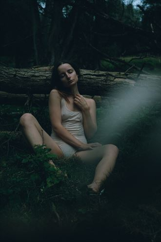 leaning the log lingerie photo by model lileya