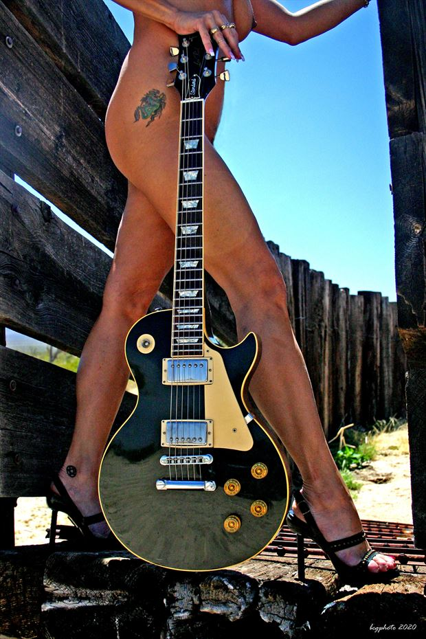 les paul 1 artistic nude photo by photographer barry gallegos