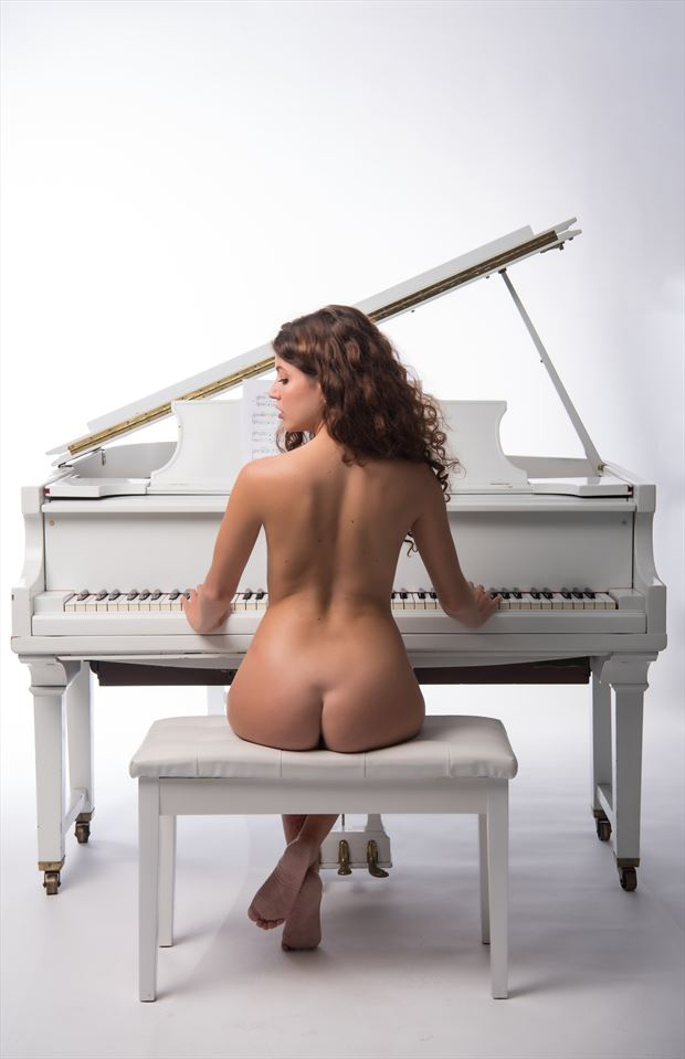 let me play in peace artistic nude photo by model morganagreen