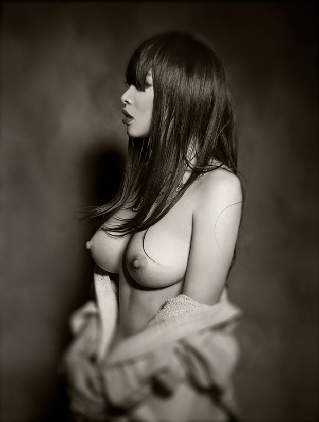 lily artistic nude photo by photographer o j