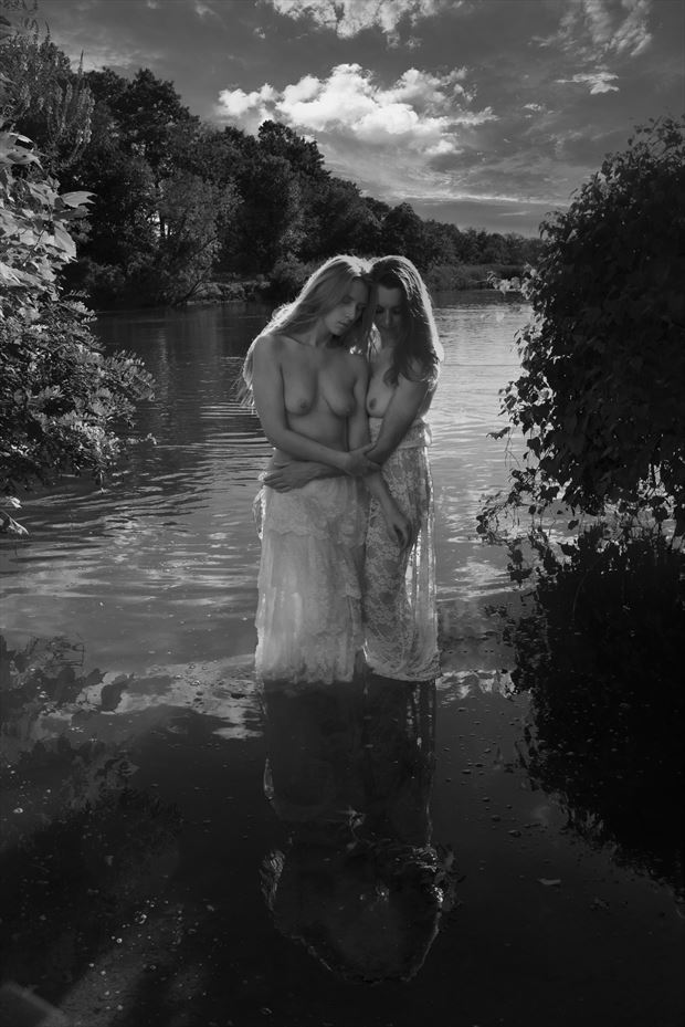 lin and astrid artistic nude photo by photographer linda hollinger
