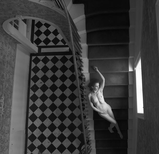 lin artistic nude photo by photographer linda hollinger