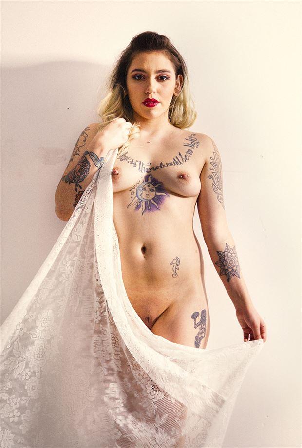 linda artistic nude photo by photographer shutter shutter