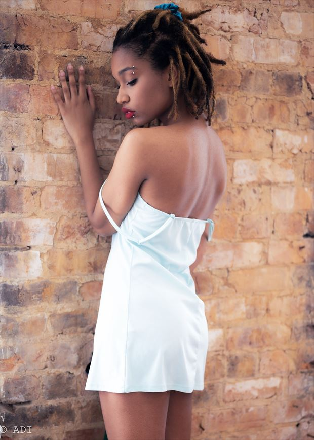 lingerie emotional photo by model nura noor