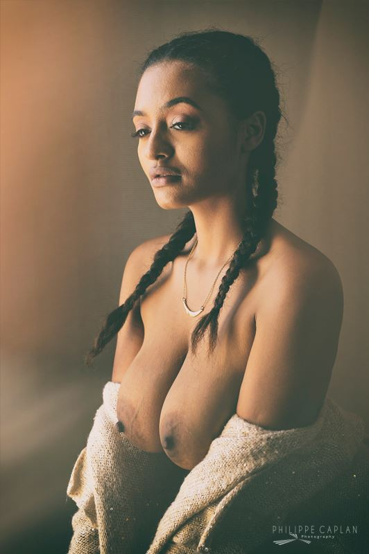 lingerie glamour photo by model orokia ma%C3%AFna