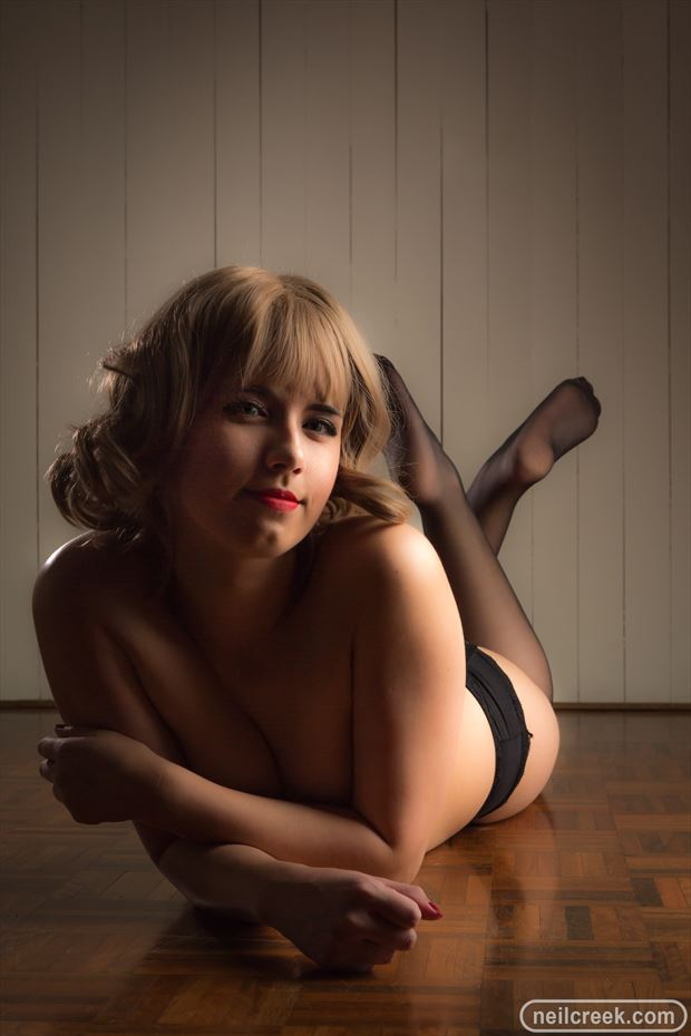 lingerie glamour photo by photographer neil creek