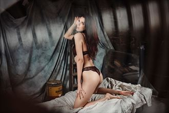 lingerie photo by model elodie hb