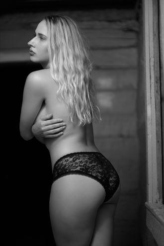 lingerie sensual photo by model eliyana
