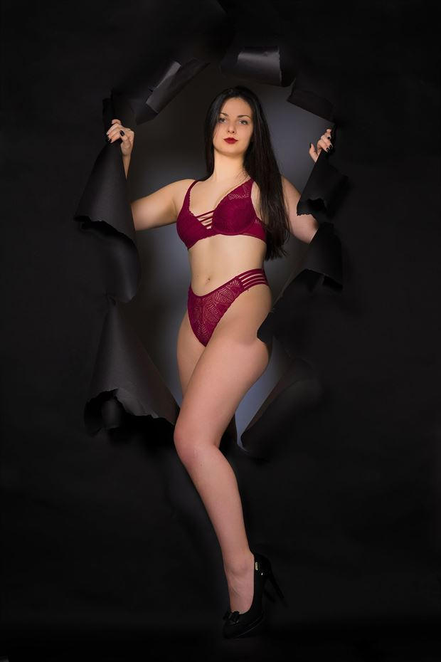 lingerie sensual photo by model lisa elias