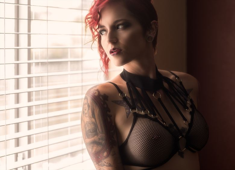 lingerie sensual photo by photographer johngoyer