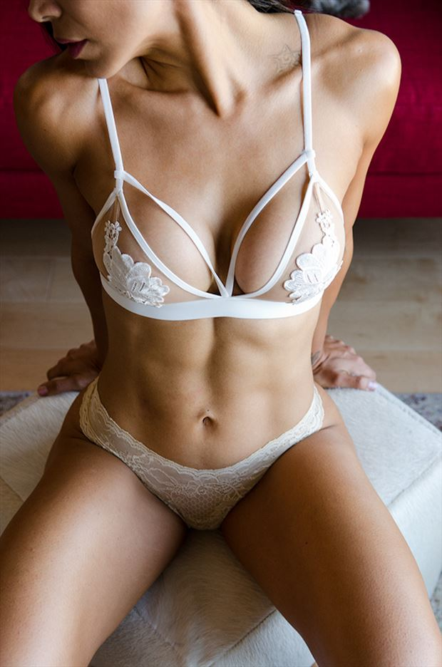 lingerie sensual photo by photographer m2lightworks