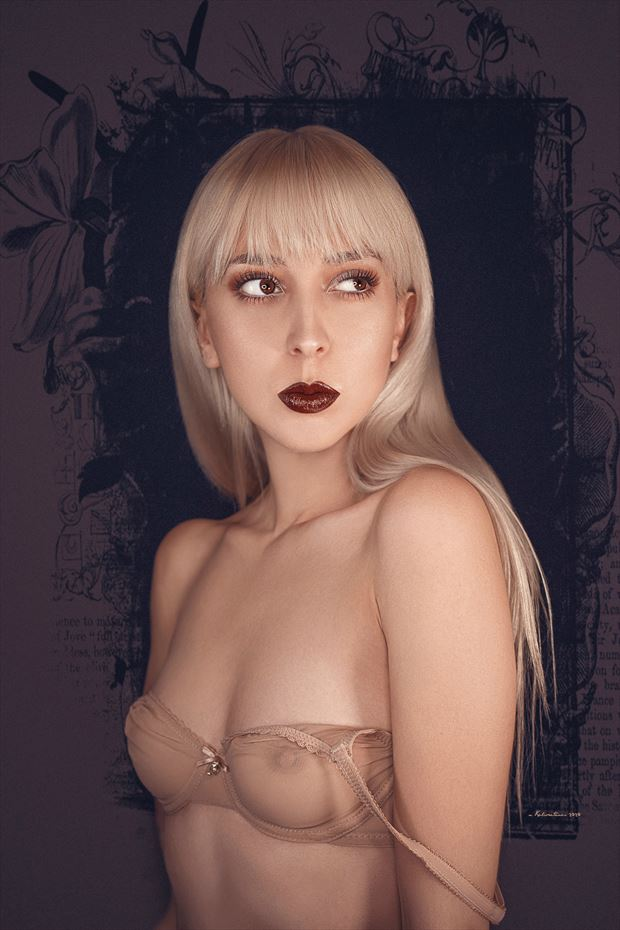 lingerie sensual photo by photographer nikzart
