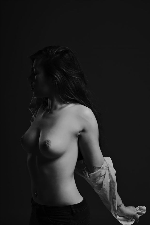 livay artistic nude photo by photographer germansc
