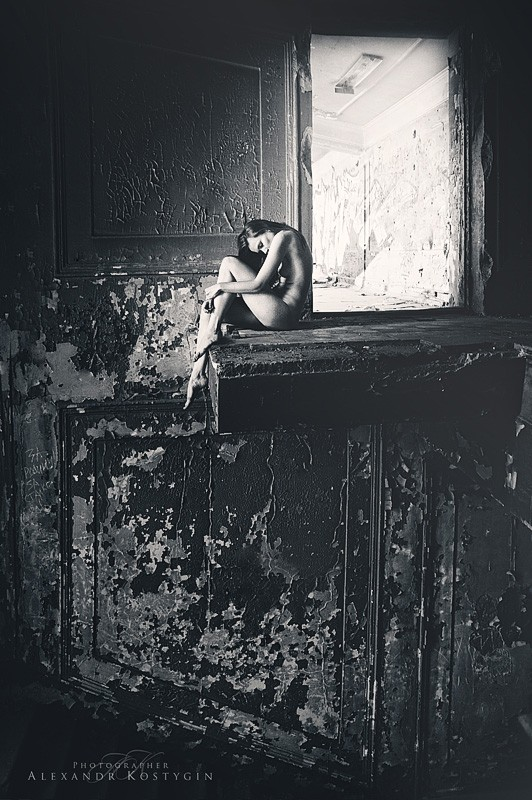 loneliness Artistic Nude Artwork by Photographer Alexandr  Kostygin
