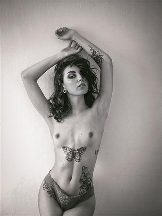 look artistic nude photo by photographer cr%C3%B3nicas studio