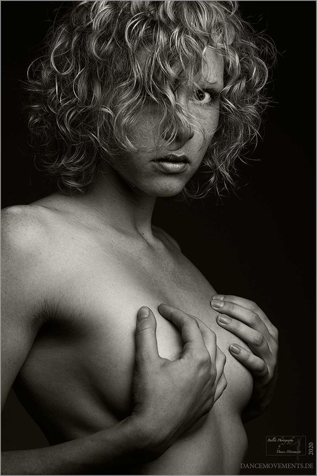 look me in the eyes erotic artwork by photographer dance movements by klaus wegele