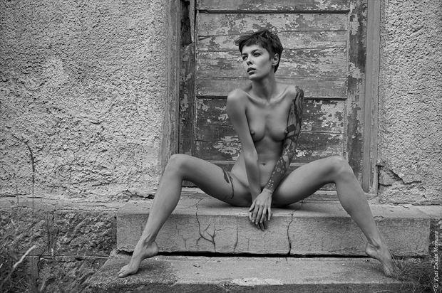 looking away artistic nude artwork by artist zoltan k