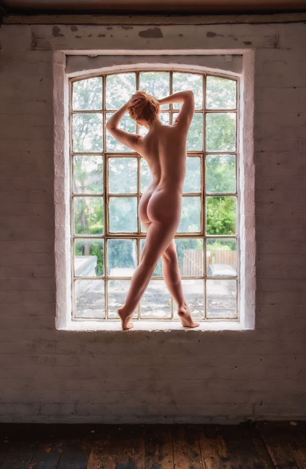 looking through the window artistic nude photo by photographer neilh