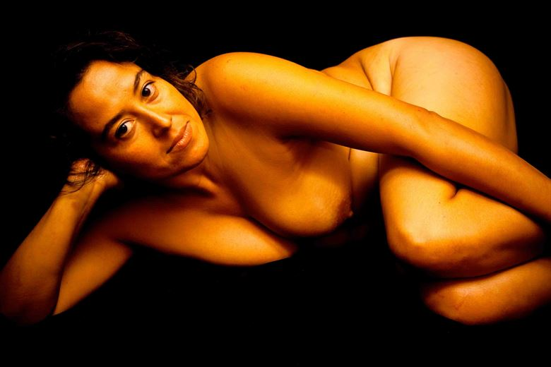 lorena of chile artistic nude photo by model thomas lundy
