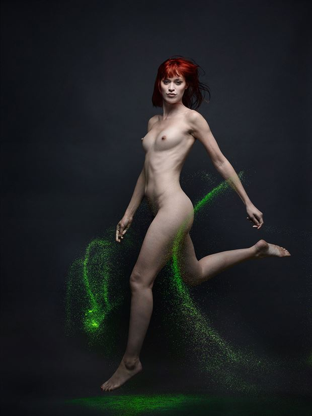 lou in green artistic nude photo by photographer spphotographer