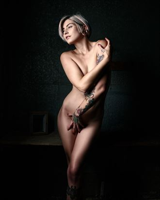louisa artistic nude photo by photographer ray fritz