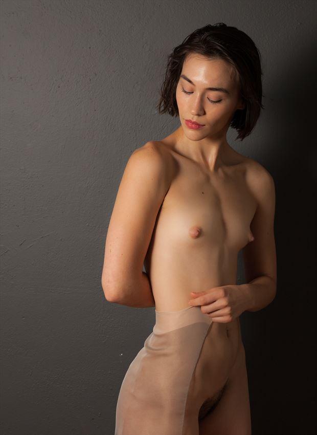 lovinia simple beauty artistic nude photo by photographer risen phoenix