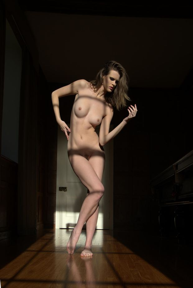 low sunlight artistic nude photo by photographer russb