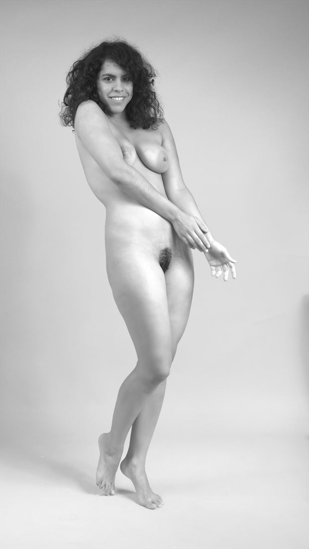 lucia01 artistic nude photo by photographer pblieden