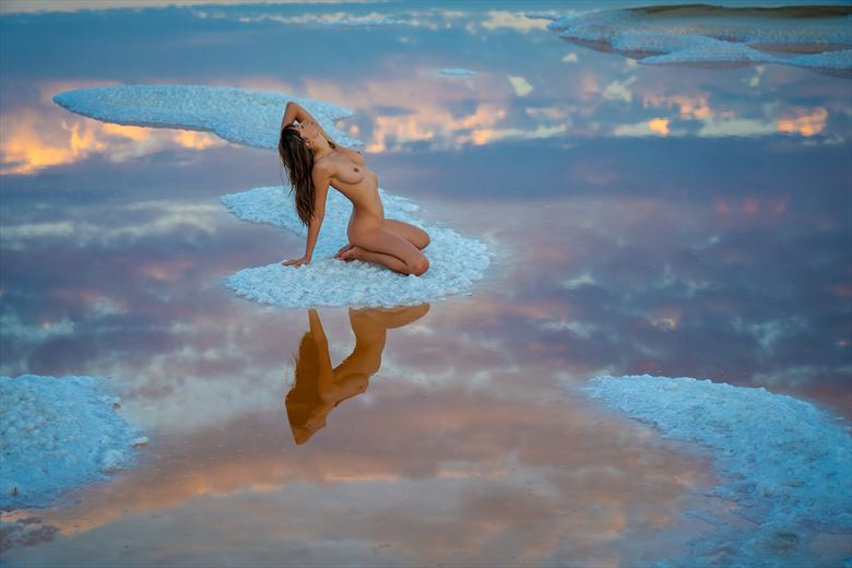 lucky location 3 artistic nude photo by photographer dan van winkle