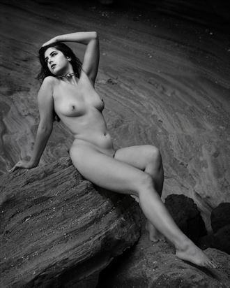 luisa artistic nude photo by photographer jeff deponte