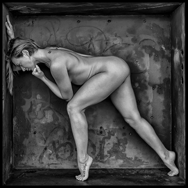 lumen essence artistic nude photo by photographer philip turner
