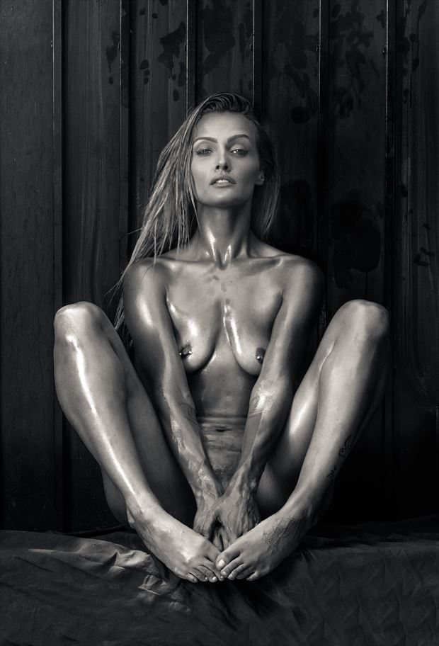 luna 6 artistic nude photo by photographer thatzkatz