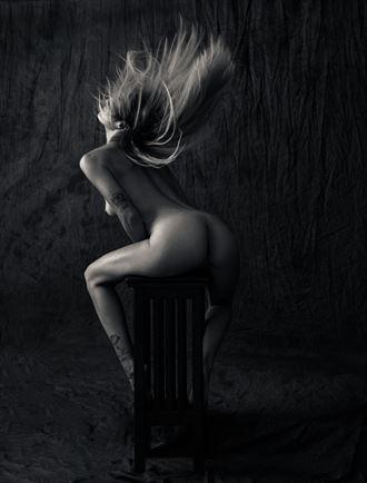 luna fury artistic nude photo by photographer thatzkatz