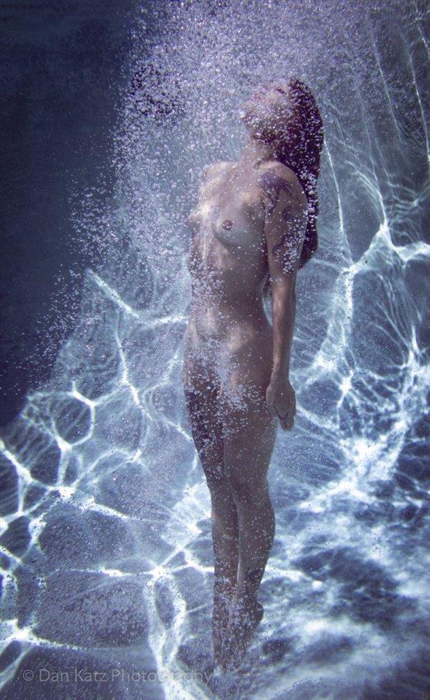 luna h2o fantasia artistic nude photo by photographer thatzkatz