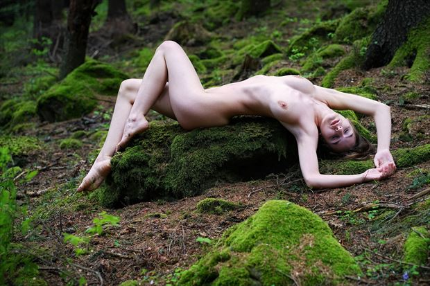 lying on the mossy stone artistic nude artwork by artist kuti zolt%C3%A1n hermann