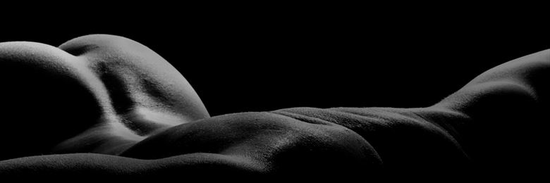 male bodyscape artistic nude photo by model lars