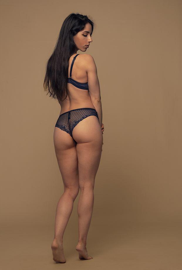 mar%C3%ADa lingerie photo by photographer cr%C3%B3nicas studio