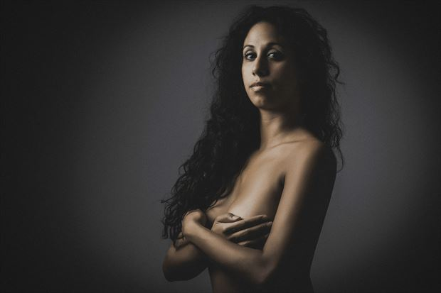 marie being casual artistic nude photo by photographer dlevans