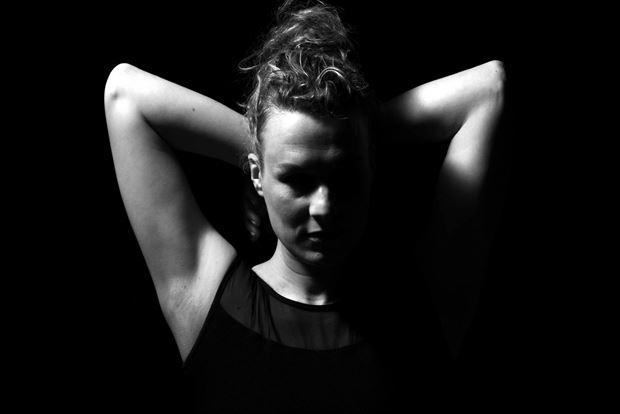 marieke studio lighting photo by photographer jb modelwork