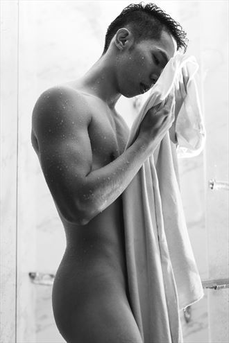 mark artistic nude photo by photographer yromell