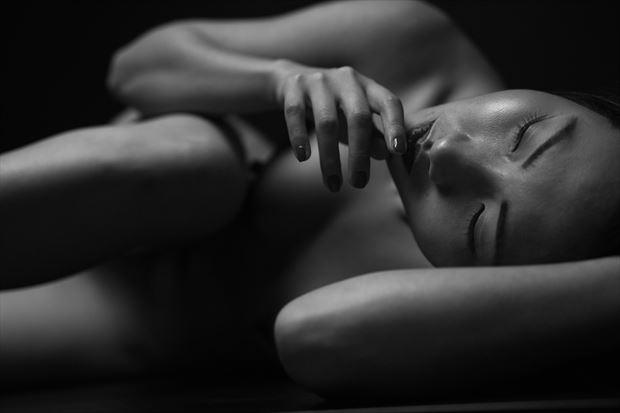 mattu photography switzerland artistic nude photo by model minh ly