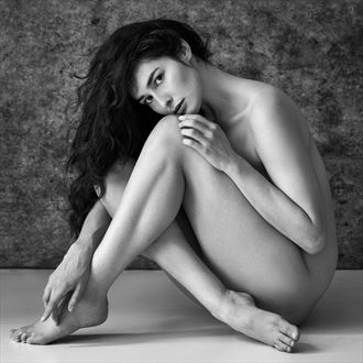 maya artistic nude photo by photographer ray fritz