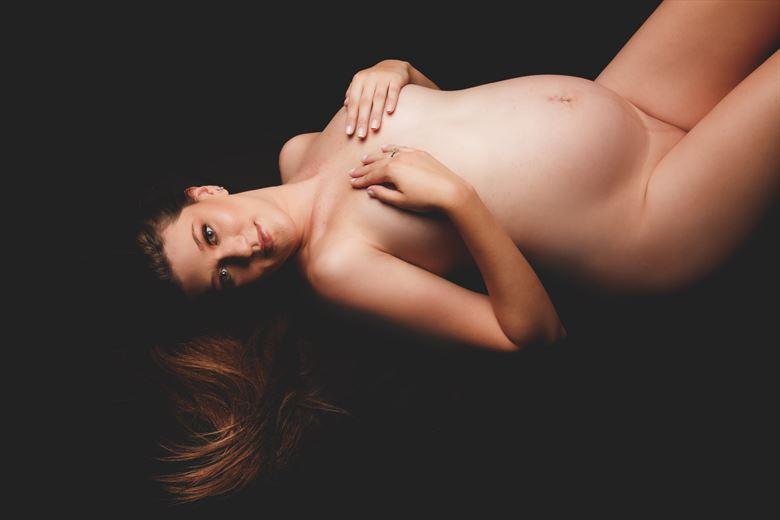 mayara 31 weeks photo 6 artistic nude photo by photographer sky light studio