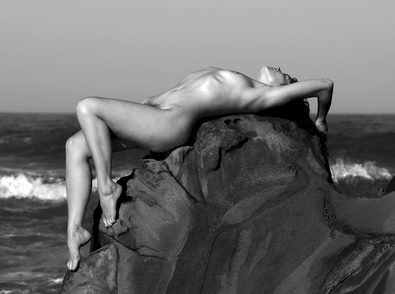meghan artistic nude photo by photographer eric lowenberg