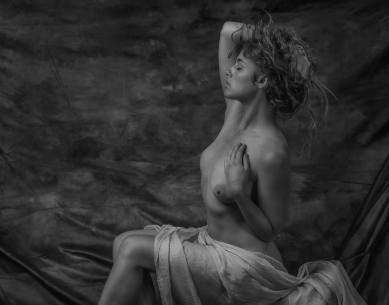 meghan artistic nude photo by photographer paul anders