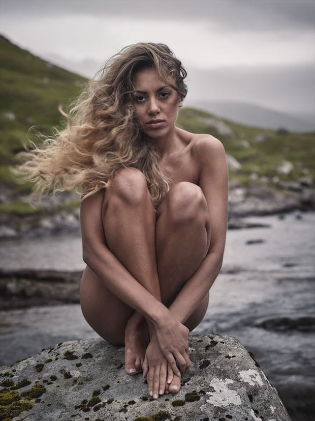 midstream artistic nude photo by photographer rytter photography