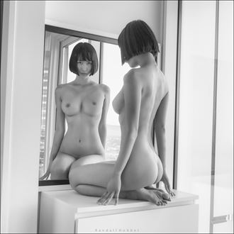 miki at the mirror artistic nude photo by photographer randall hobbet