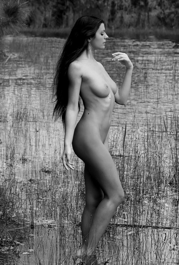 mikym maridati artistic nude photo by photographer rick gordon